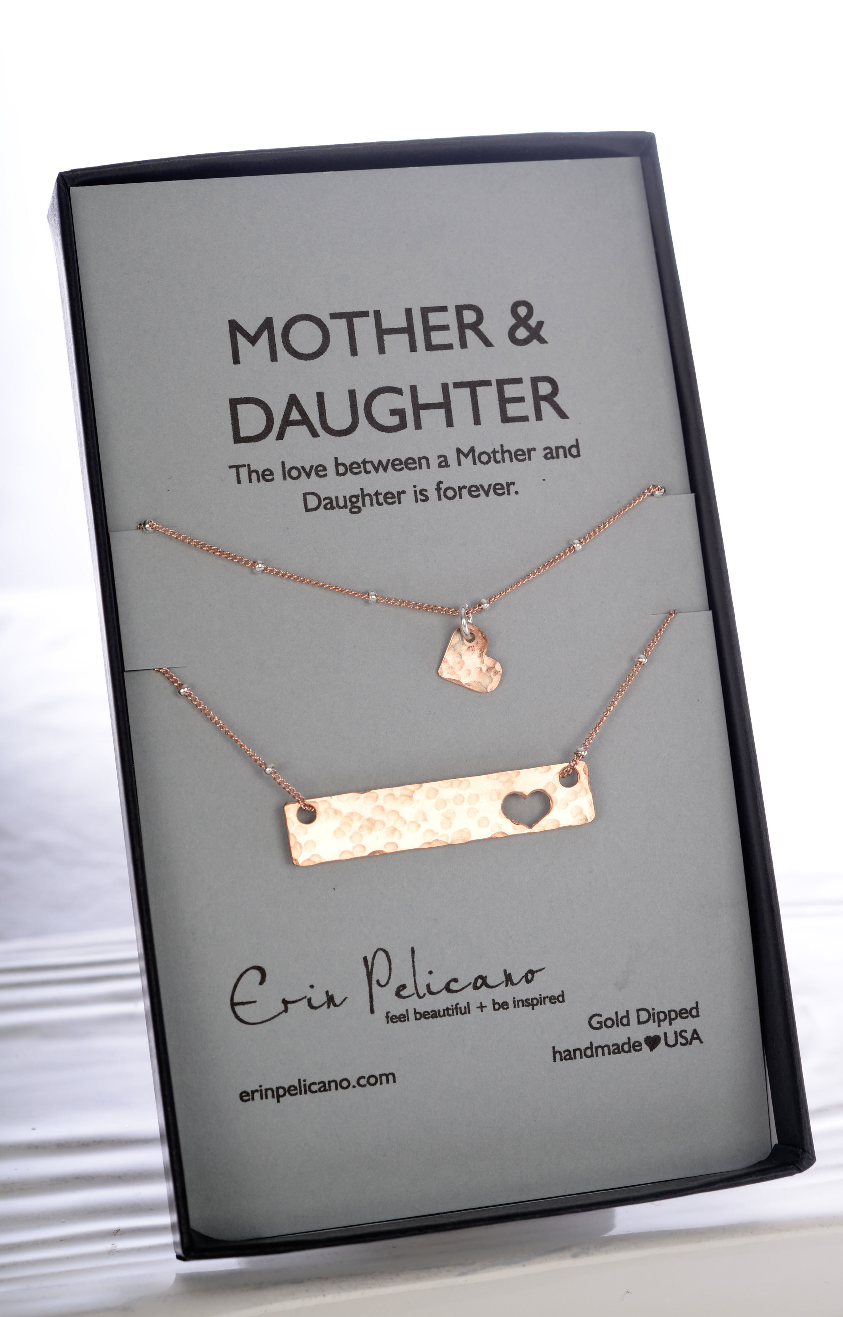 Mother-daughter necklace sets: Bar mother-daughter necklace set | Erin Pelicano