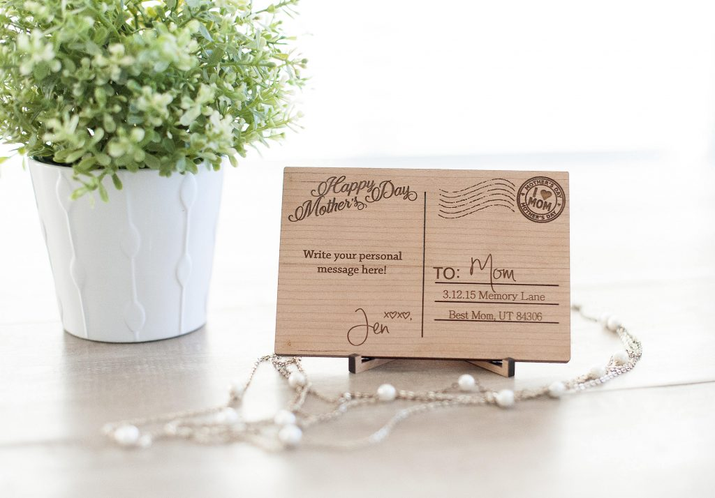 Personalized wooden mom postcard   Cool affordable Mother's Day gifts under $15
