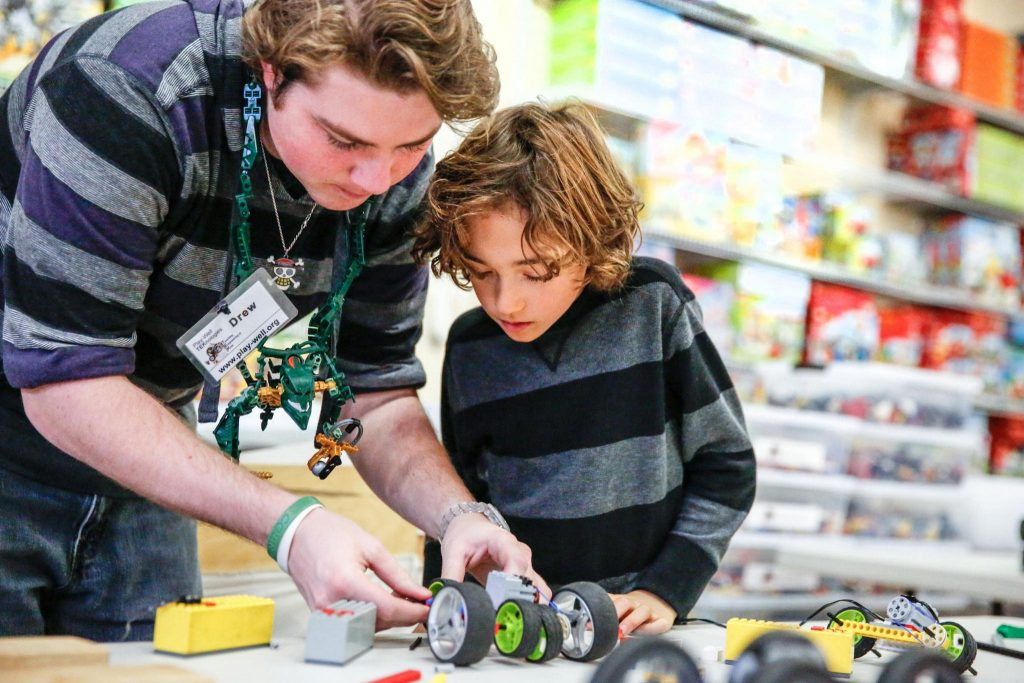 7 benefits of STEM for kids | photo: Play-Well LEGO-inspired STEM camps (sponsored)