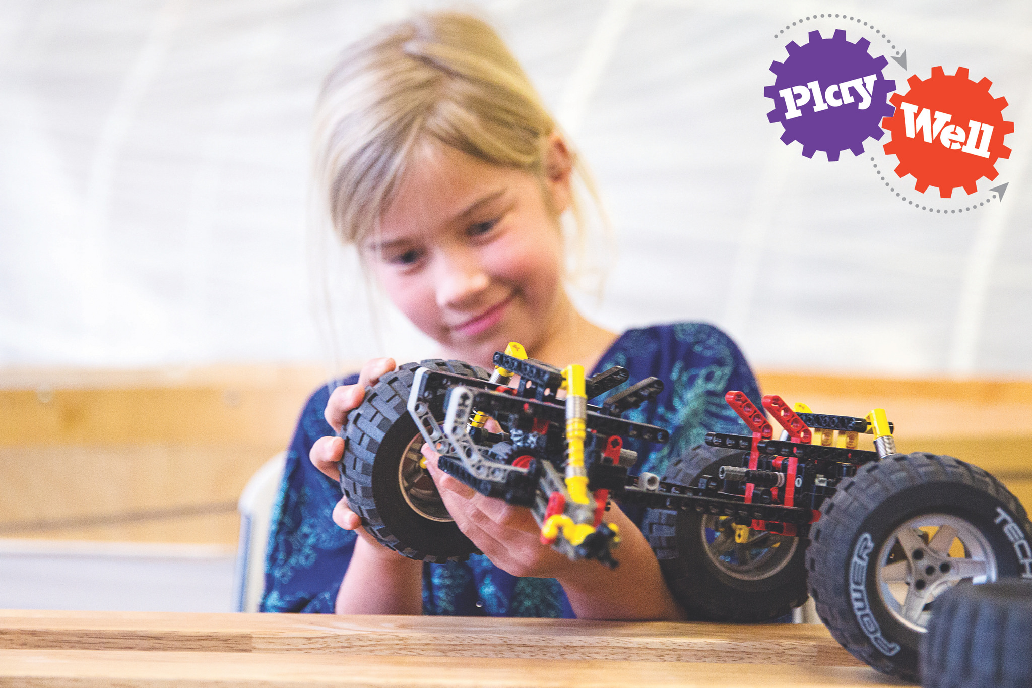 7 awesome benefits of STEM for kids | photo: Play-Well LEGO-inspired STEM camps (sponsored)