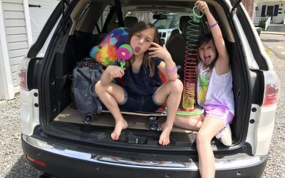 10 things you should always keep in your car, especially if you're driving with kids.