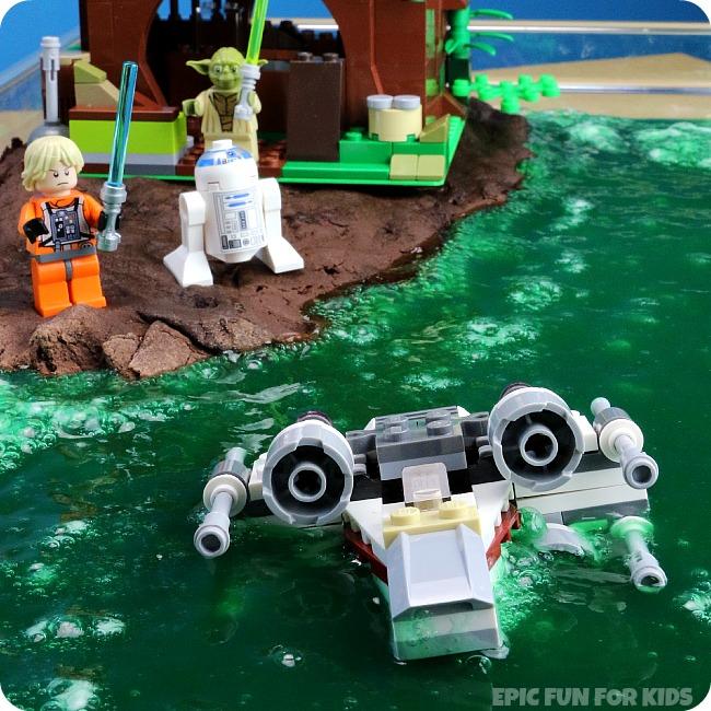 DIY Star Wars slime recipes: LEGO Star Wars Yoda's Swamp Slime by Epic Fun for Kids