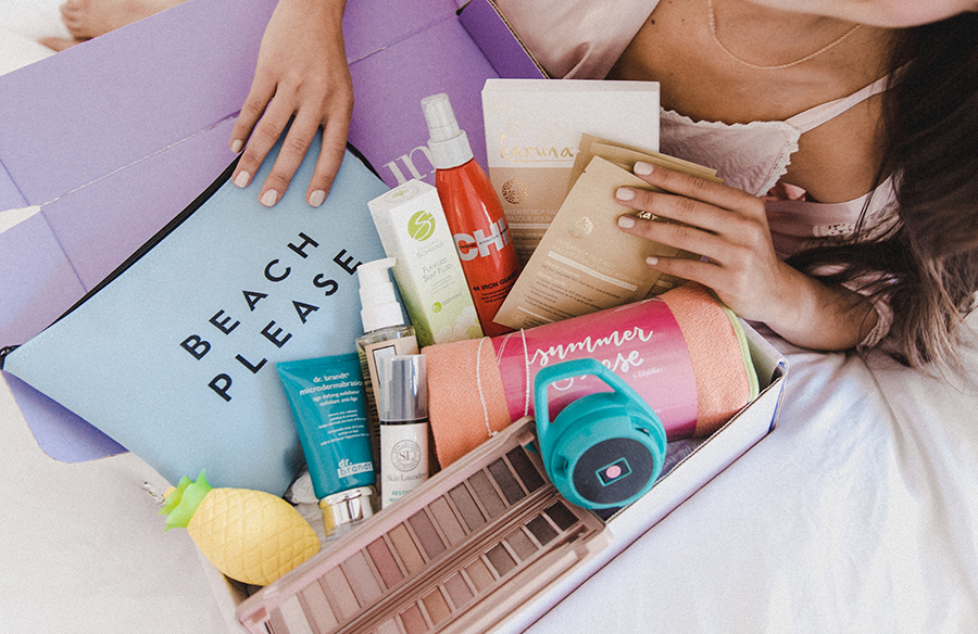 FabFitFun sends seasonal beauty and lifestyle boxes with full-size product for just $49.99, with a total $200 value. Get a $10 off coupon code with code COOLMOM | sponsor