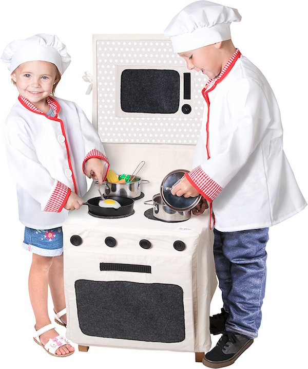 Fun summer toys: Pop-Oh-Ver Stove Set by Kangaroo | Sponsored