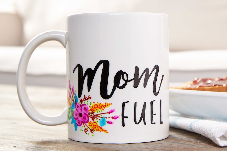 Tons of fantastic ideas for last-minute Mother's Day gifts that don't feel like it.