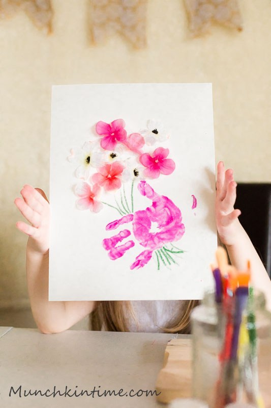 Last-minute Mother's Day gifts: Handmade Card by Munchkintime