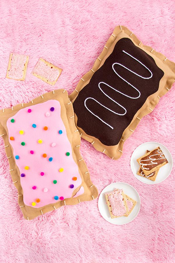 Summer DIY crafts for teens: No-Sew Pop Tart Pillow by Aww Sam