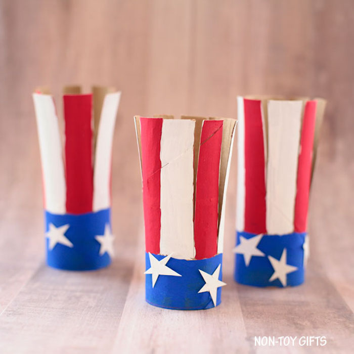 Easy 4th of July crafts for kids: Paper roll flags at Non-Toy Gifts
