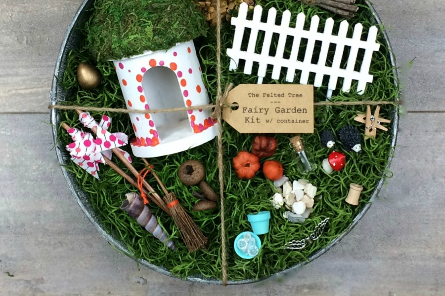 9 adorable ideas for making a summer fairy garden for the kids