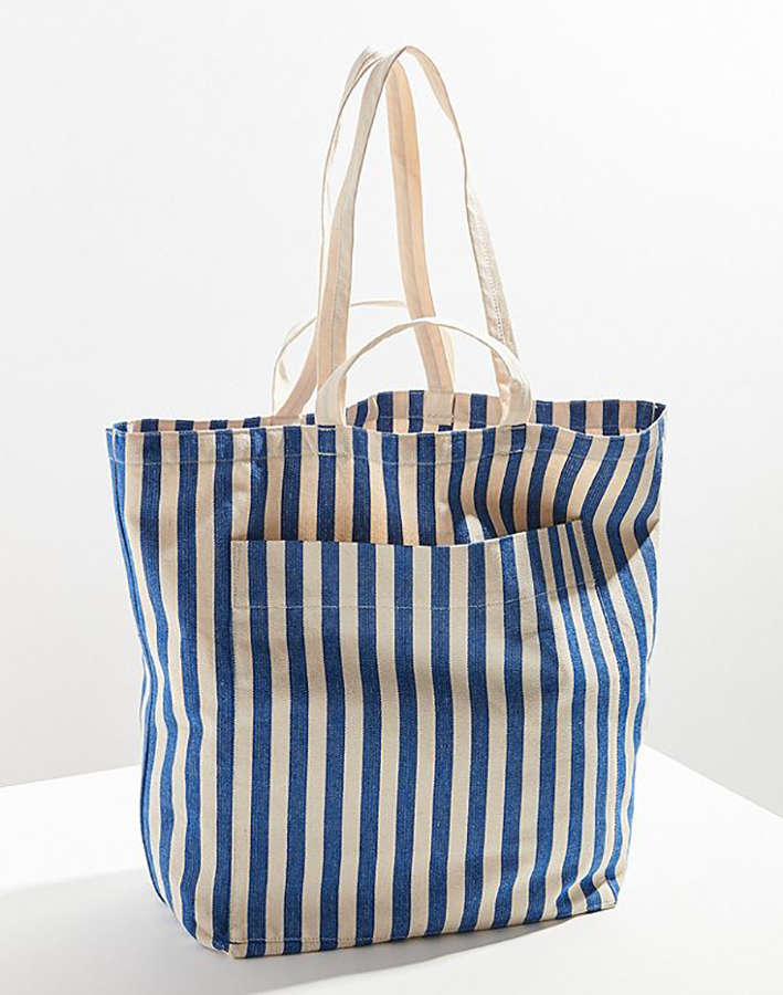 Summer Beach Totes Under $50: Baggu Giant Tote Bag from Urban Outfitters