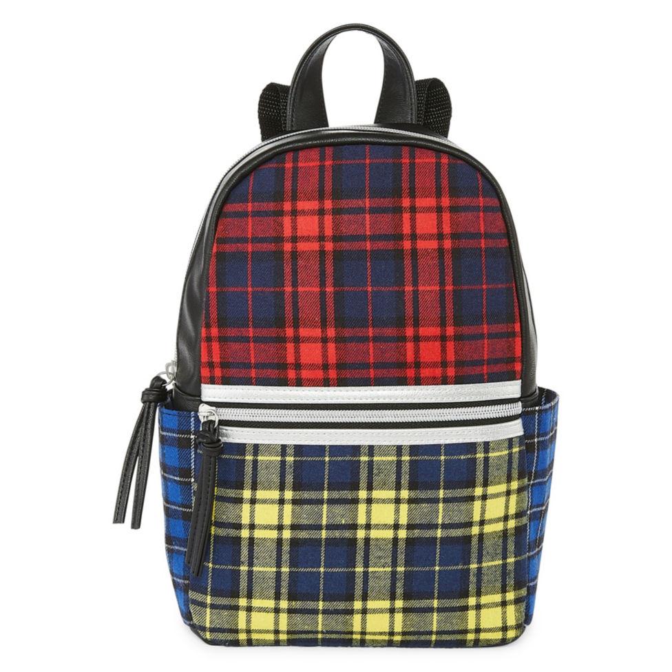 21 cool backpacks for preschool, kindergarten and little kids: Arizona Mini Backpack in Plaid