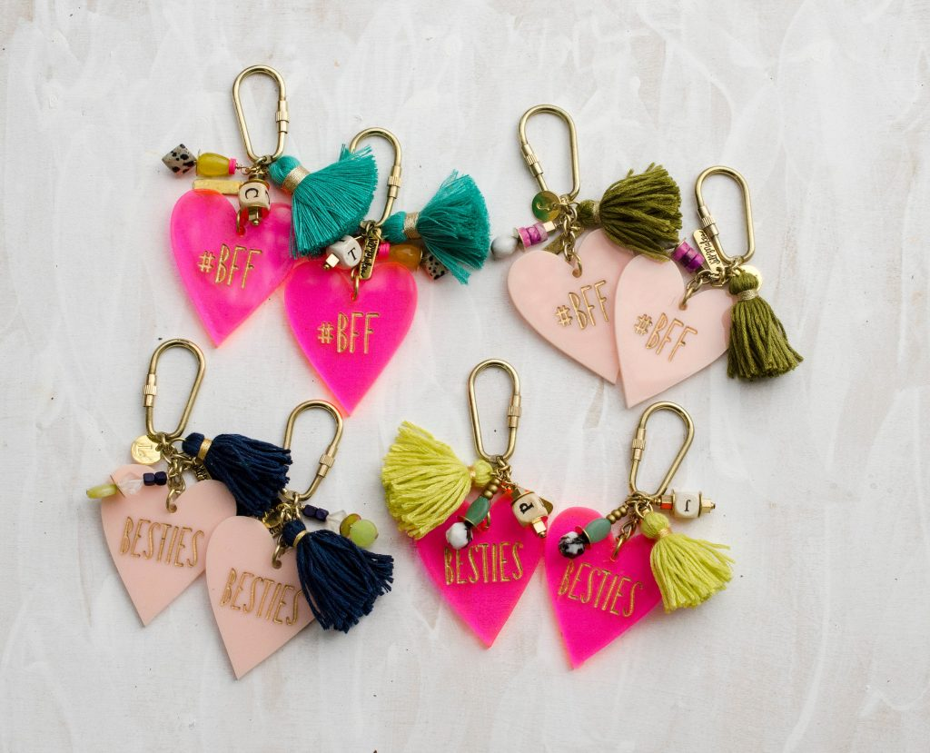 Best Friends key chain pairs to decorate backpacks for back-to-school | JillMakes on Etsy
