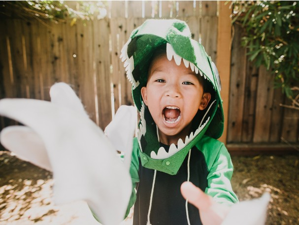 DIY dinosaur costume kit from Kiwi Co featuring STEM educational components kids can put together themselves