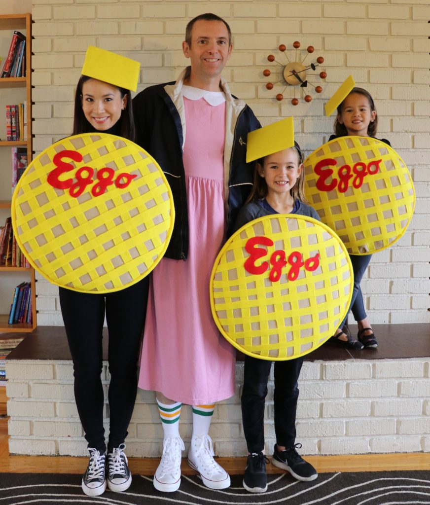 Trio Halloween Costume Ideas 2019.13 Of The Absolute Coolest Family Halloween Costume Ideas Right Now