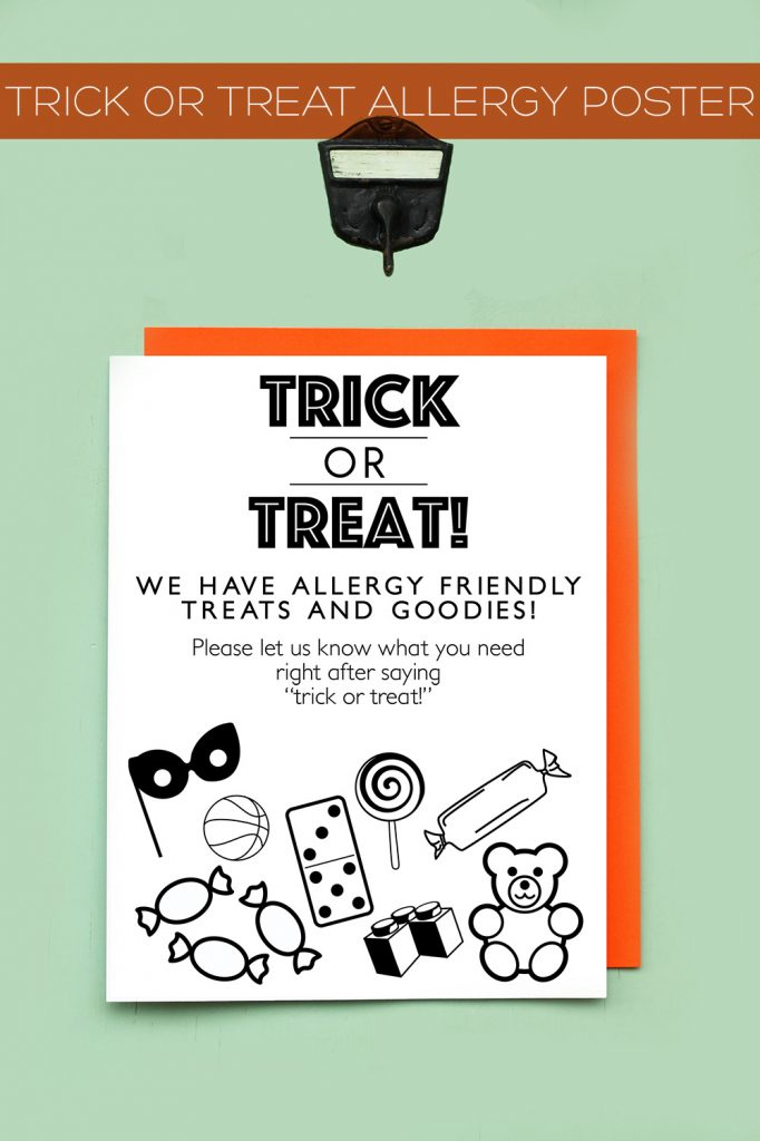 Free printable Halloween party or trick or treat poster for allergy-friendly homes | Squirrelly Minds