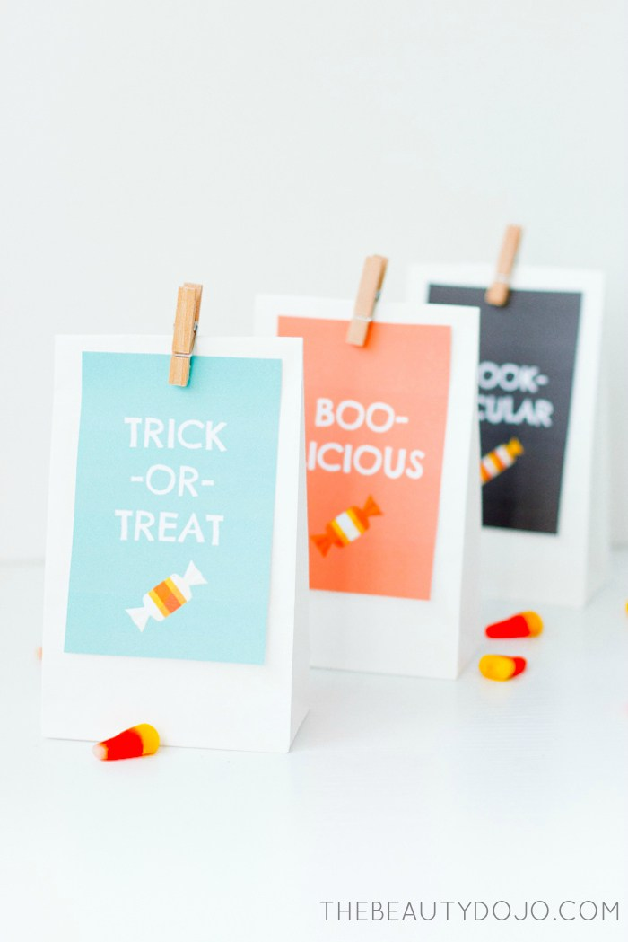 Free Halloween party printables: Treat bag printables from The Beauty Dojo