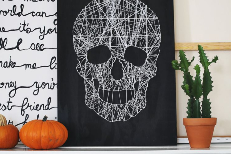 11 cool tween and teen Halloween craft ideas that don't suck.