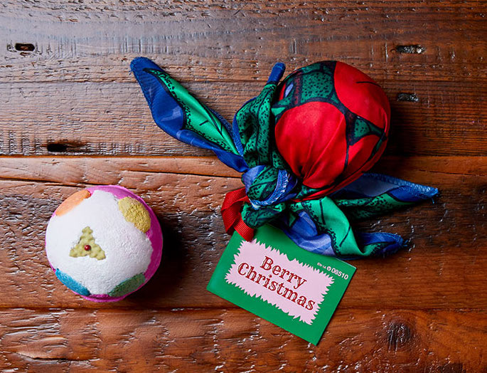 Cool kids' gifts under $15: LUSH Berry Christmas bath bomb min gift set