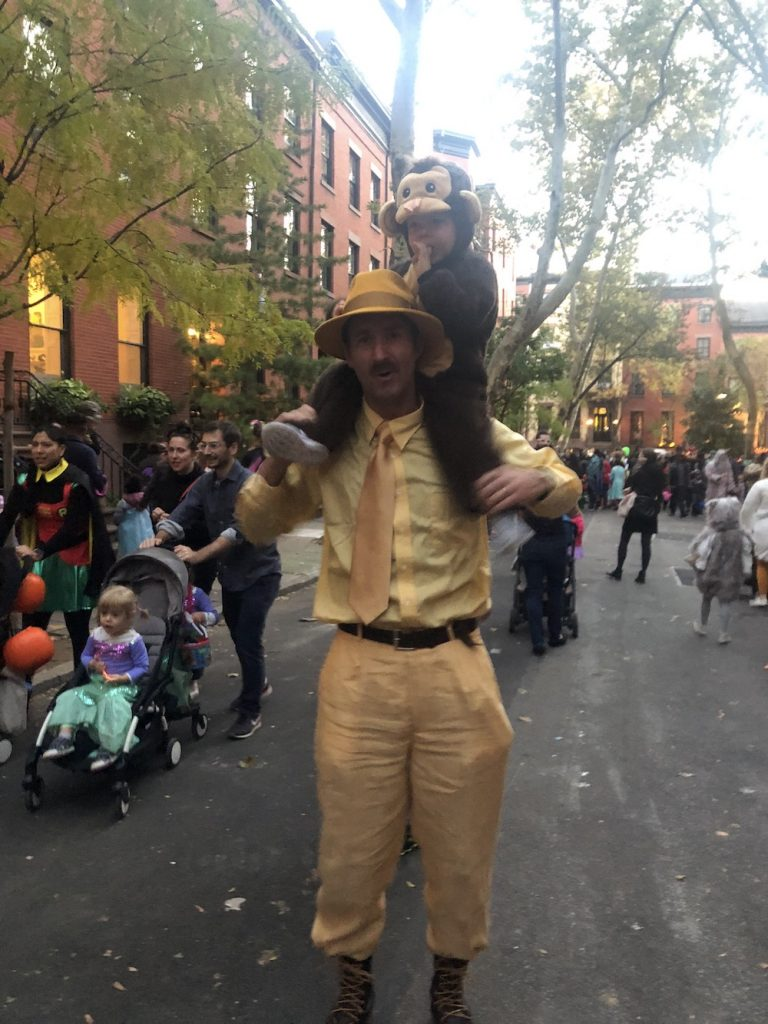 Best Garden Place, Brooklyn Halloween costumes 2018: Curious George | © Cool Mom Picks