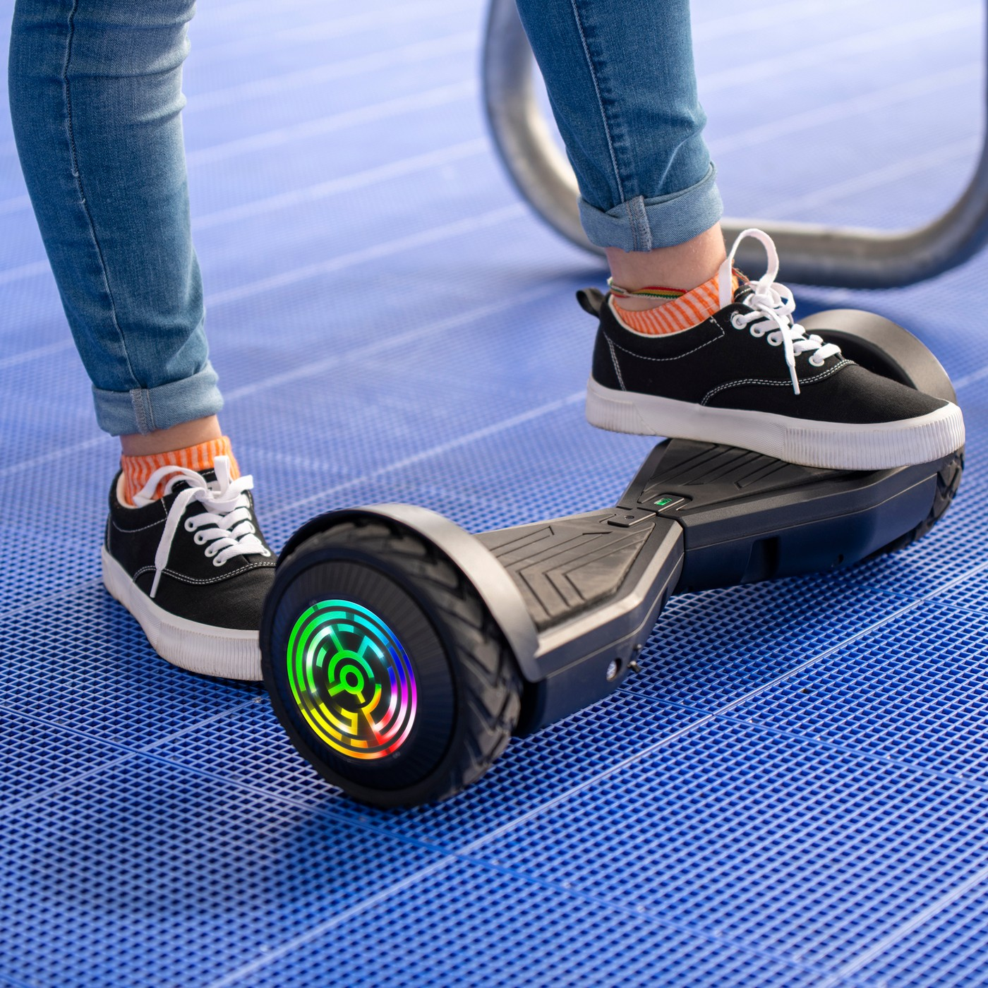 Cool gift ideas for tween girls: Jetsons Rogue Hoverboard