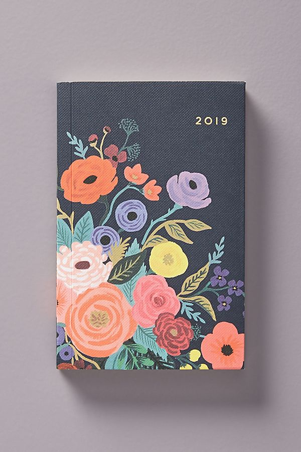 Cool affordable gifts under $15: Rifle Paper 2019 planner