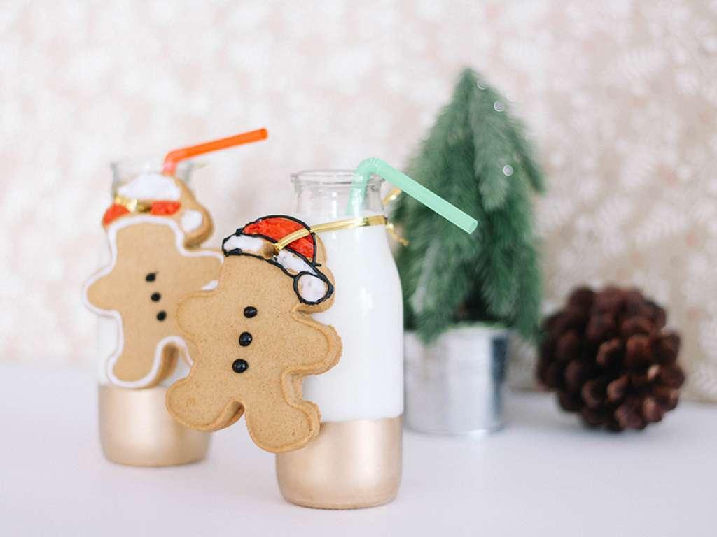 Classic gingerbread cookie recipe via MilkLife.com   Sponsor