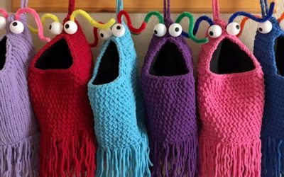 Yip Yips stockings! Uh-huh. Uh-huh. Uh-huh. Yip yip yip.