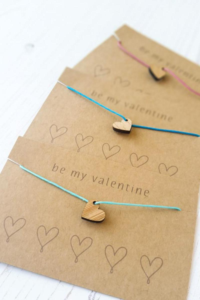 Non-candy Valentine ideas for kids with free printables: Heart Bracelets at Red Gate Stitchery