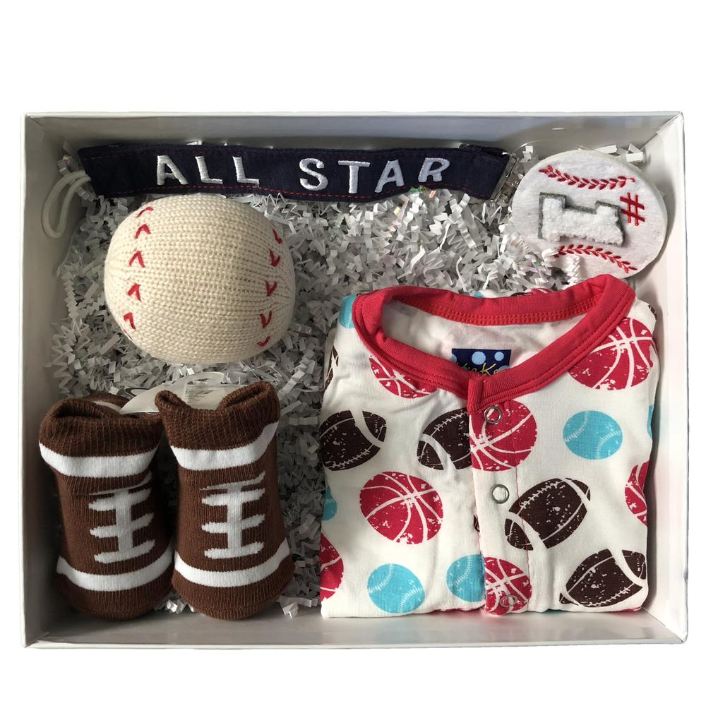 Beautifully curated baby gift boxes around themes like sports, unicorns, sloths, and more at Baby Boxy