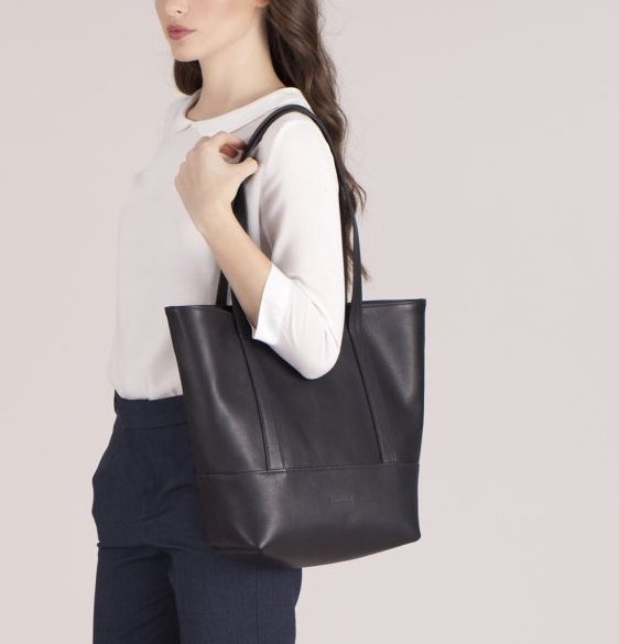 This monogrammed tote can be personalized on the inside with your own message or handwriting at Fontem