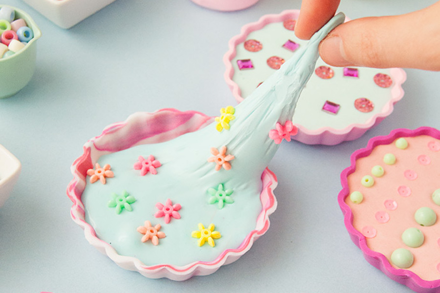 Slime pies: The next craft for your slime-obsessed kid.