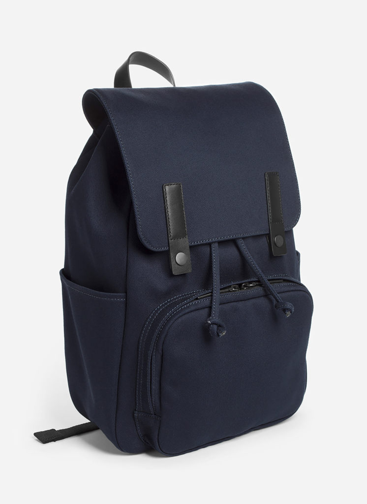 Cool backpacks for teenagers in 2019: Modern Snap backpack from everlane