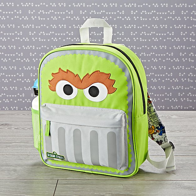 Coolest preschool and kindergarten backpacks: Oscar the Grouch | Back to school guide 2019