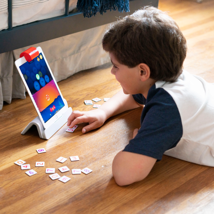 Osmo is a fantastic learning toy combining online and offline play for kids 4-10 | sponsor