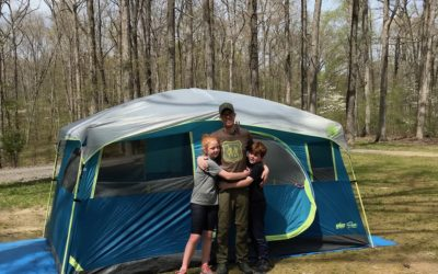5 smart and easy tips for your first backyard campout with the kids.