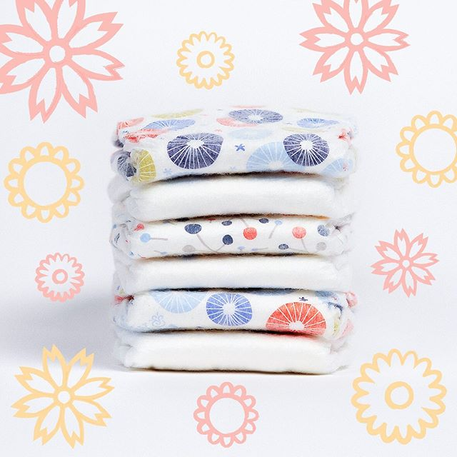 Best baby shower gifts under $50: Abby + Finn designer diaper and wipes bundle| Cool Mom Picks Baby Shower Gift Guide