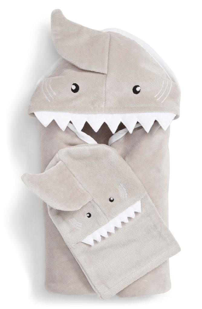 Best baby shower gifts under $50:Shark baby towel set | Cool Mom Picks Baby Shower Gift Guide