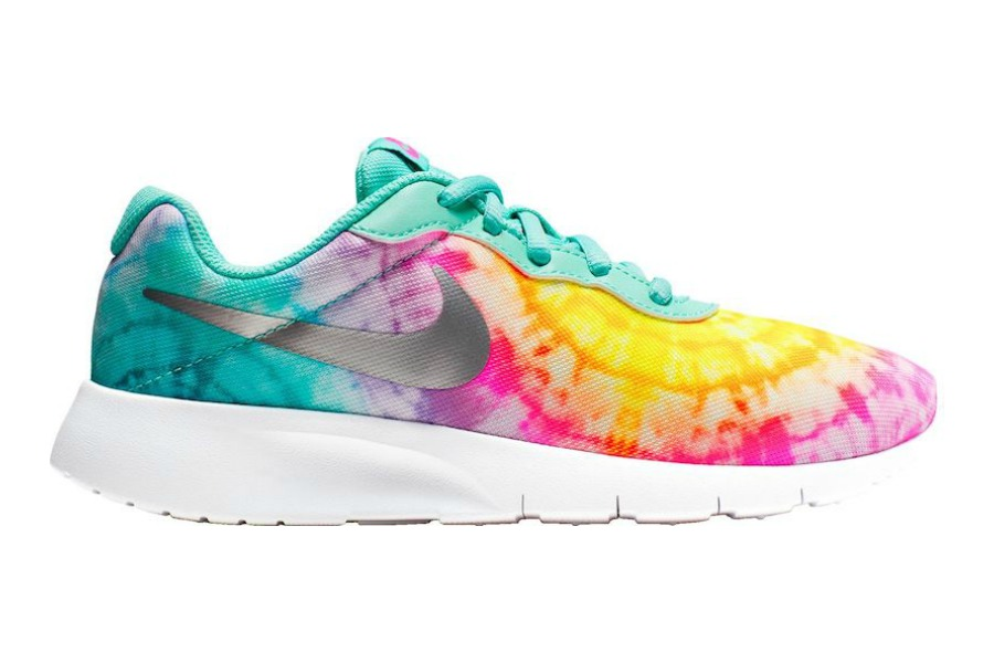 Back-to-school trend alert! 5 tie-dye sneakers we love for kids.