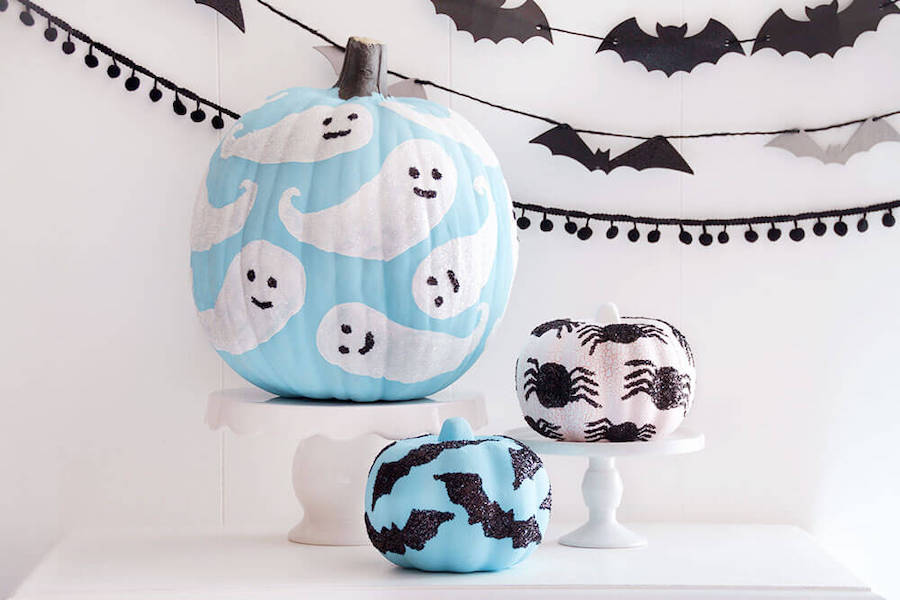 Last-minute Halloween crafts, printables, pumpkin decorating, and party activities to keep the whole week fun.