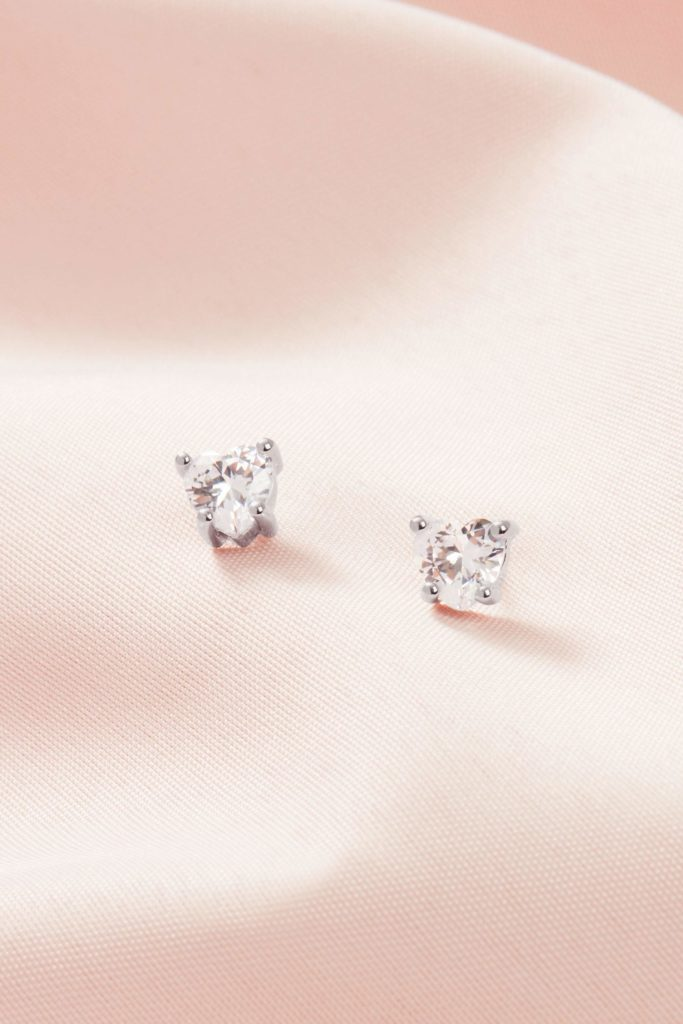 Heart shaped studs by Stella & Dot x Dress for Success: Gifts that Give Back