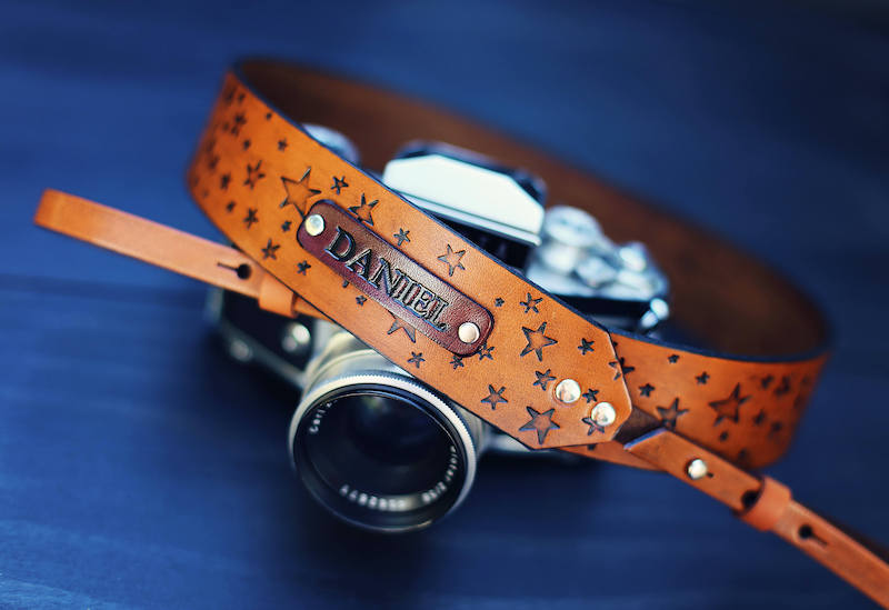 Personalized Christmas gifts: Personalized camera strap
