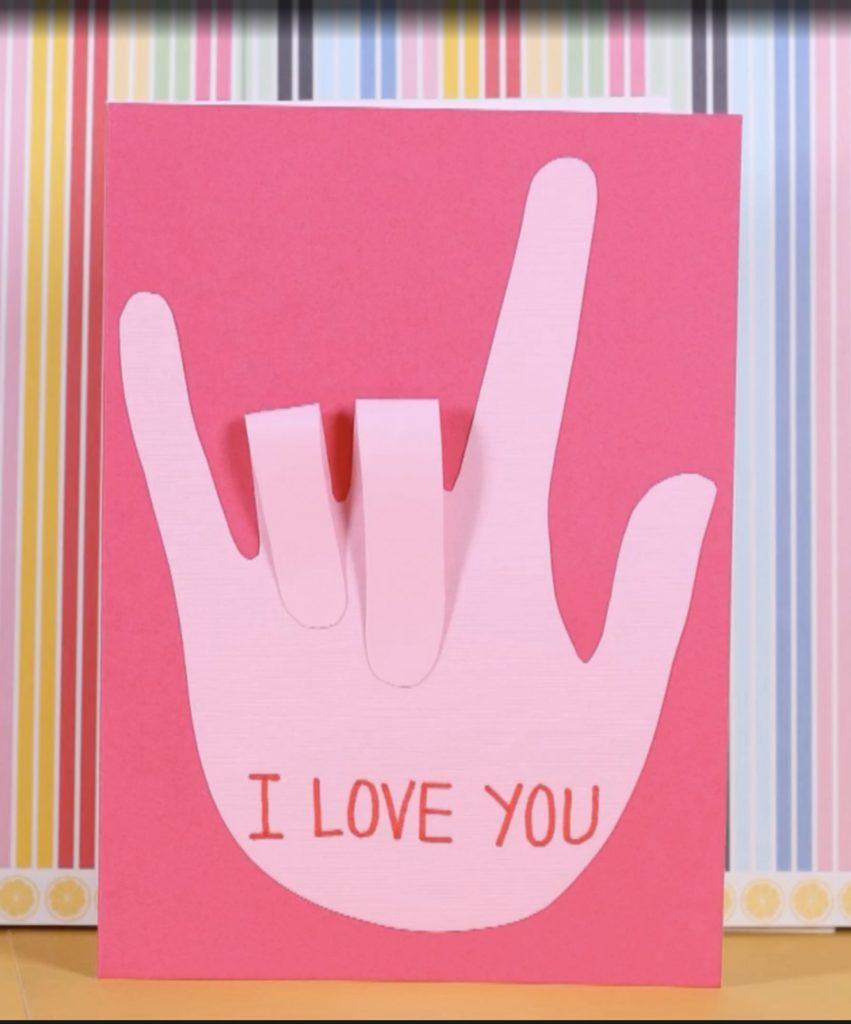 Bilingual Valentines ideas: DIY ASL VAlentine's card for kids via Parents
