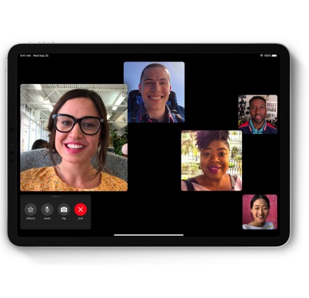 Safe Socializing with Group FaceTime