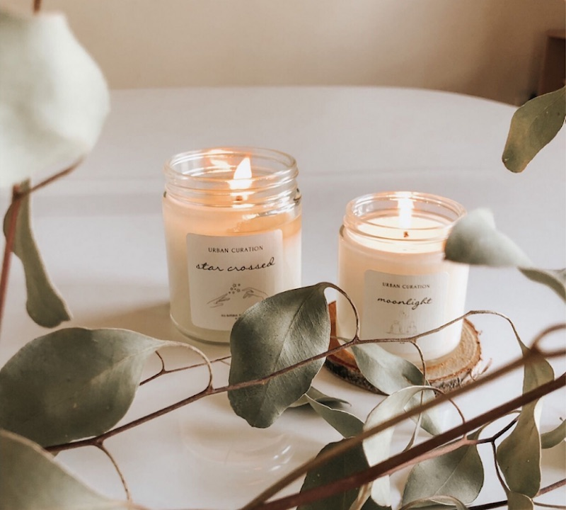 Subscription gifts for moms: Vellabox all-natural candles to give her that spa-at-home feeling.