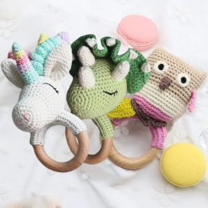 Best baby shower gifts under $15: Crochet animal teething ring in unicorn, dragon, and more from NEAline Arts