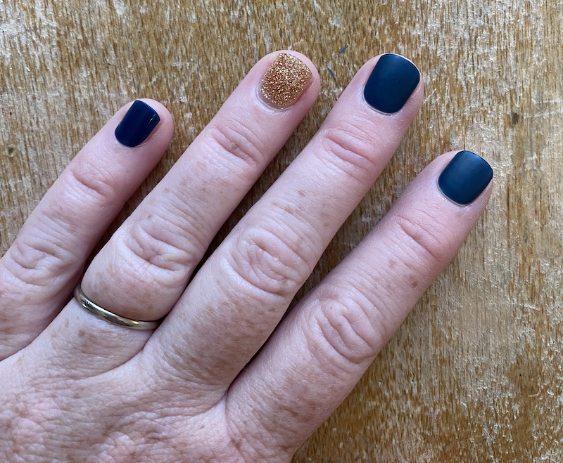 How well do at-home gel manicure kits really work? We tried one to see.