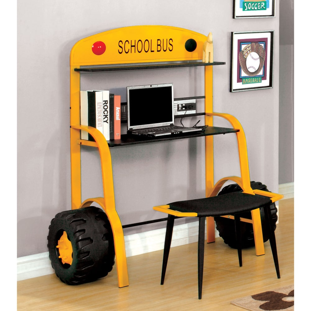 How cute is this yellow schoolbus desk for kids! I found it at Overstock (sponsored)