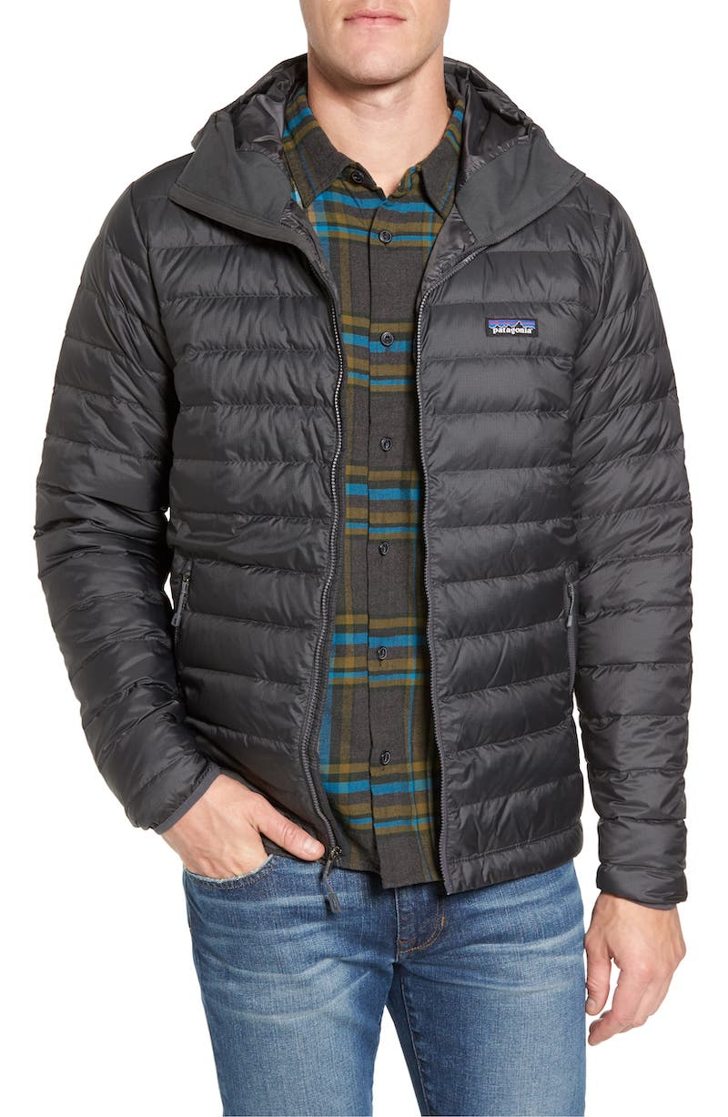 Patagonia coats for the whole family: A super comfy and warm jacket for men.