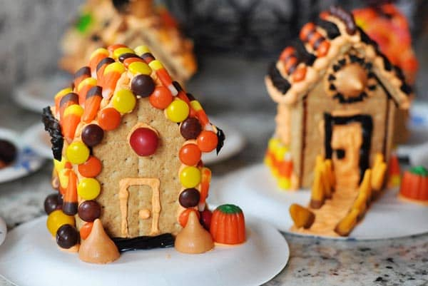 DIY Haunted Gingerbread House Tip: Use graham crackers and caramel with this tutorial from Mel's Kitchen Cafe