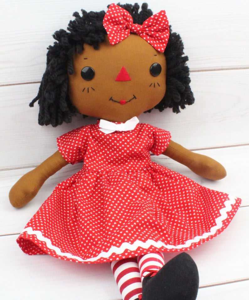 10 best baby and toddler holiday gifts from small businesses: Custom raggedy Ann doll with different skin colors | Small Business Holiday Gift Guide 2020